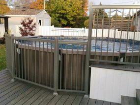 Rampe extérieur, contour de piscine